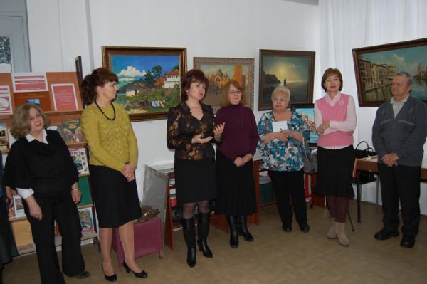 Приветствие от руководителя Управления культуры администрации города Ольги Дидык (третья слева)