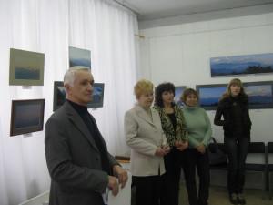 А. Н. Дедешин (первый слева), Т. А. Сысуева ( третья слева )