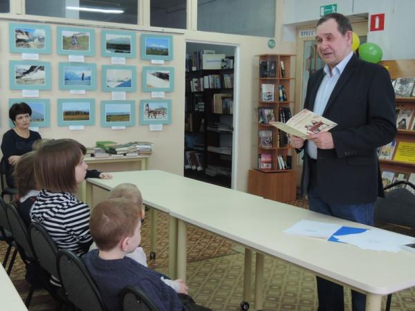 Мишенков Александр Григорьевич читает свои новые стихи.