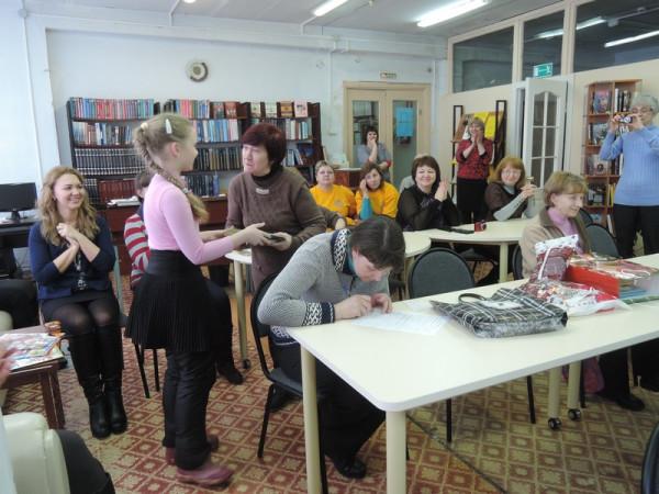 Книги в подарок от школьницы  Юлии Литвиненко.