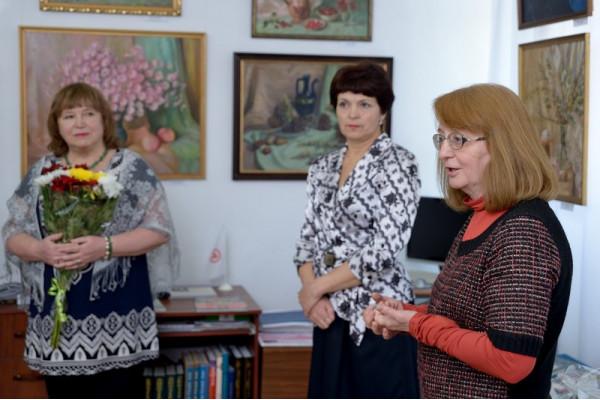 Выступление председателя Общества Рерихов г. Сызрани Н.Г. Зоткиной (справа).