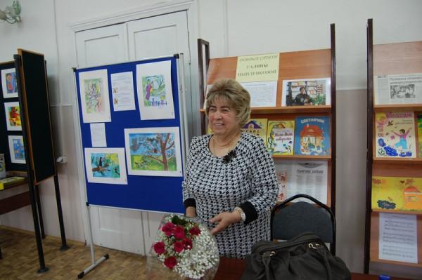Галина Михайловна благодарит всех участников конкурса