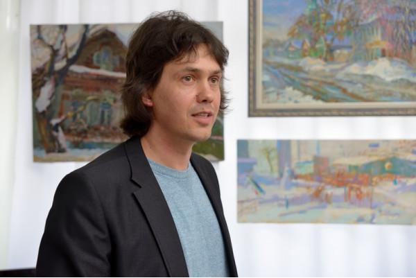 Александр Горячев на открытии персональной выставки