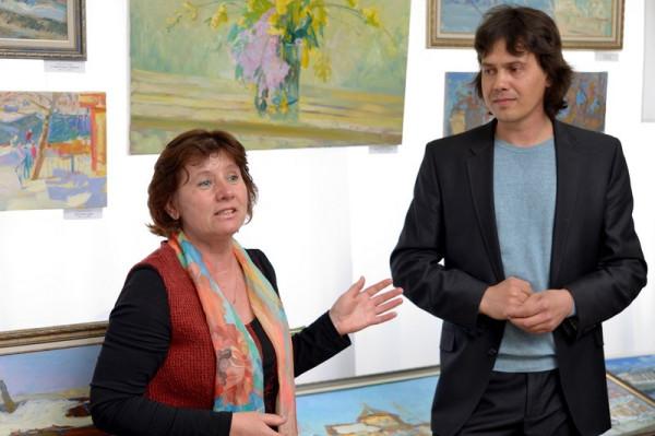 Коллективное поздравление от друзей-художников Александр Горячев услышал  от В. Евсеевой