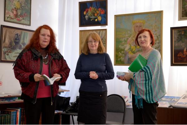 Слева направо: Людмила Федорова, Наталья Зоткина, Ольга Слепова.
