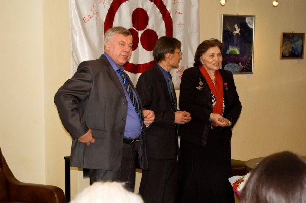 Слева - направо: А.Н. Баландин, А.М. Богданов, М.Л. Попович