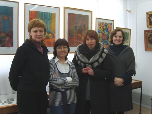 Педагоги ДХШ на открытии выставки