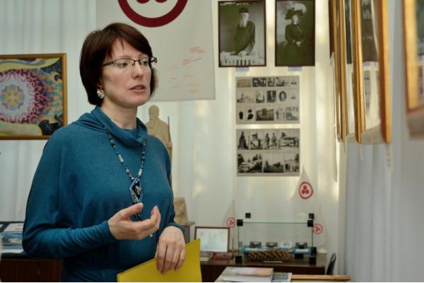 Феодосия на открытии выставки в Сызрани.