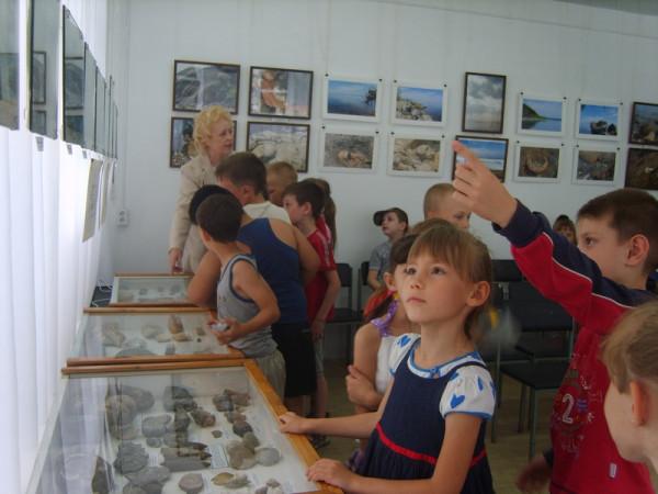 отряд № 2  школа № 17 на выставке