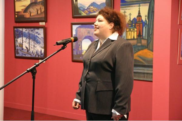 Выступает  зам. министра искусства и культурной политики Ульяновской обл. Е.Е. Сидорова