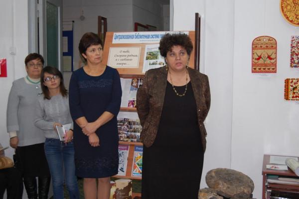 Выступление преподавателя колледжа А.Г. Смирновой (справа)