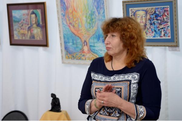 Татьяна Сысуева на открытии персональной выставки